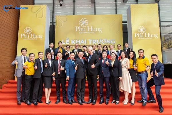 Thành tựu của bảo hiểm nhân thọ Phú Hưng