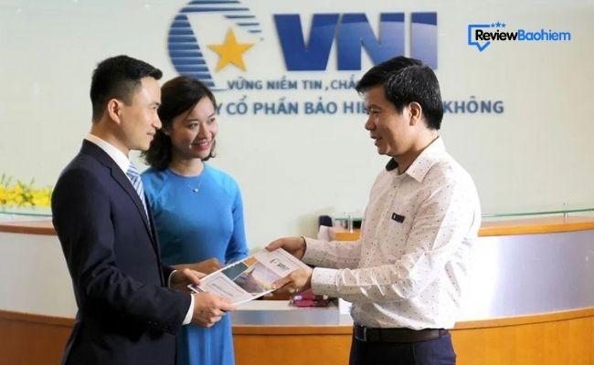 Đánh giá chi tiết về công ty bảo hiểm hàng không VNI